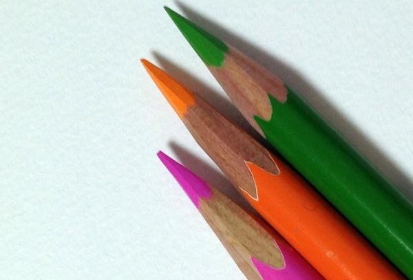 色鉛筆の上手な塗り方のコツ重ね塗りの順番と混色のやり方